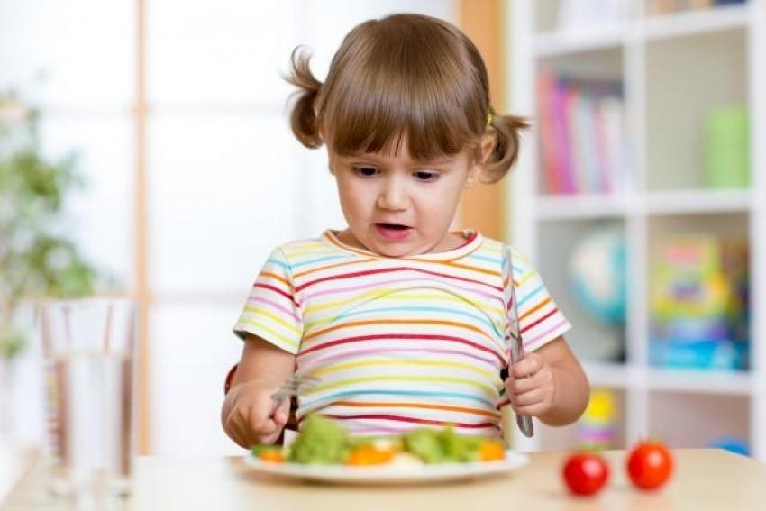 """""""Ko detetu nametne vegansku ishranu treba da ide u zatvor"""""""