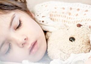 Da li je spavanje sa otvorenim ustima može biti problem?