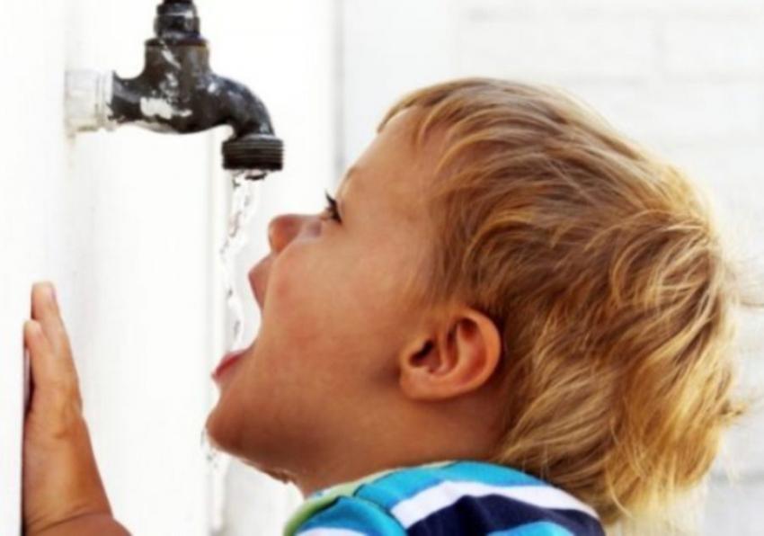 Roditelji oprez: Deca lakše dehidriraju nego odrasle osobe