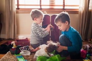 Da li igračke treba deliti- na igračke za dečake i igračke za devojčice?