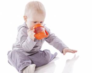 Mleko, jaja i kikiriki u ishrani bebe do prvog rođendana