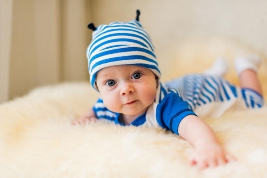 Bebe vole rutinu