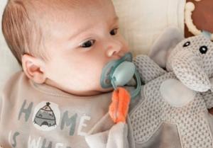 Štucanje kod beba je korisno za razvoj bebinog mozga