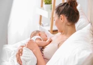 Zabrinuta mama: Kako da znam da li moja beba dobija dovoljno mleka