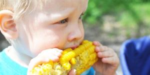 Naučite decu da vole kukuruz