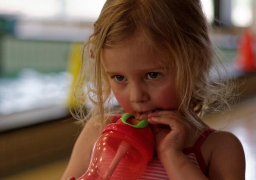 10 montesori rečenica za zaustavljanje lošeg ponašanja deteta