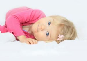 Da li se bebine uši čiste štapićima?