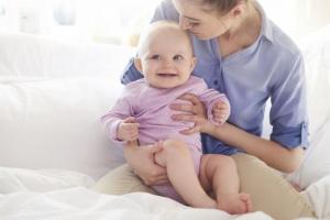 Ne bacajte novac: 6 beskorisnih bebi proizvoda
