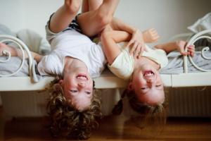 Nestašni mališani: Nemirno ponašanje može doprineti ukupnom zadovoljstvu u životu