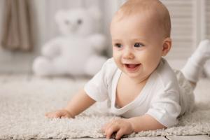 Bespelenaštvo sve popularnije u Srbiji: Zbog čega se mame odlučuju na odgajanje beba bez pelena?