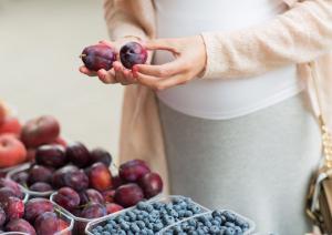SLOBODNO UŽIVAJTE U ŠLJIVAMA U TRUDNOĆI: Ovih 6 prednosti imaju po vaše zdravje, a druga je naročito važna