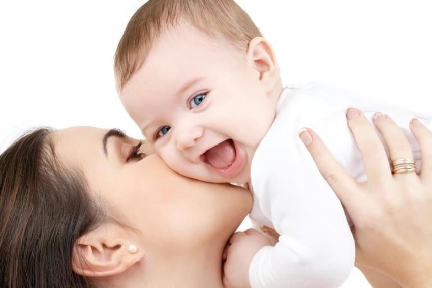 Kako preživeti prve dane majčinstva