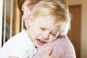Kako prepoznati upalu uva kod dece