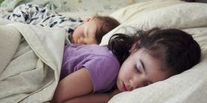 Da li je bitno kada nam deca idu na spavanje?