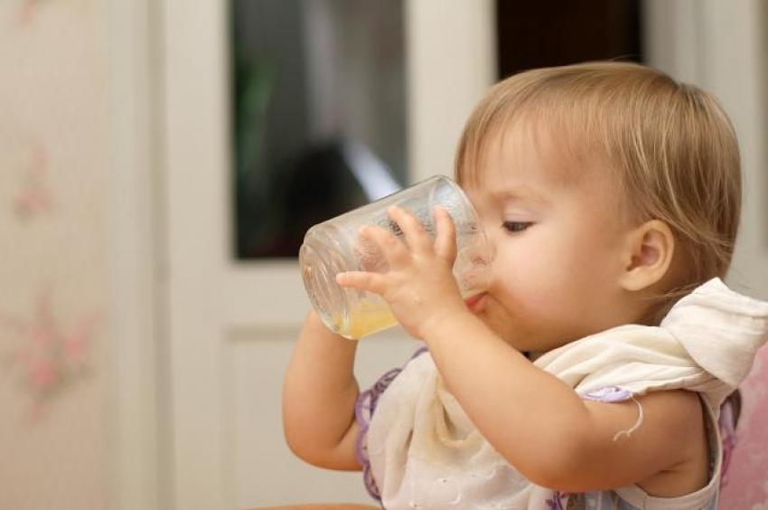 Da li deci dajemo previše voćnih sokova?