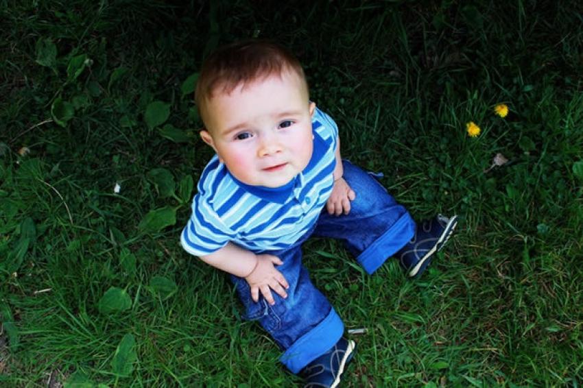 Bebe vole da šetaju, izađite na vazduh