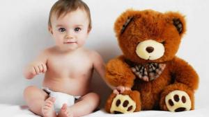 Razvoj bebe od šest meseci do godinu dana