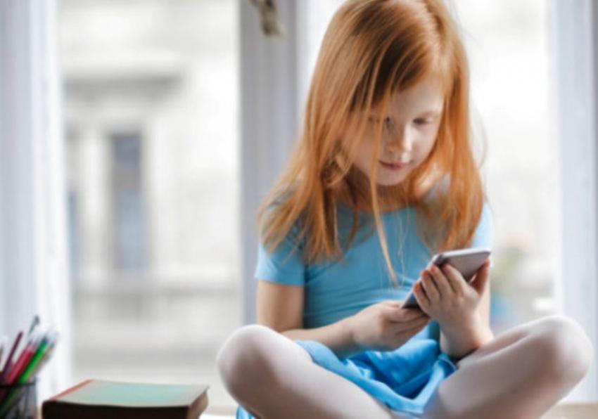 Deca sve gojaznija zbog manjka sna i prekomernog gledanja u ekran
