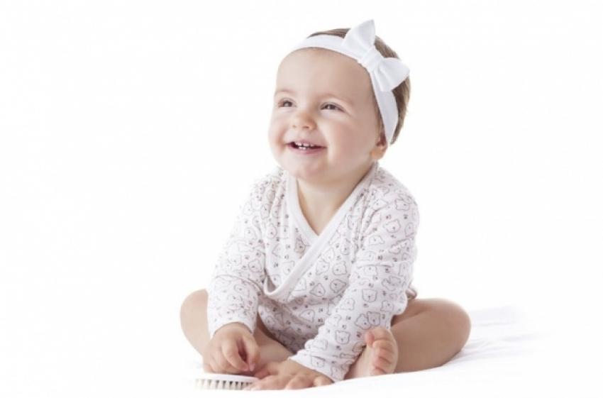 Bebin osmeh leči mamu