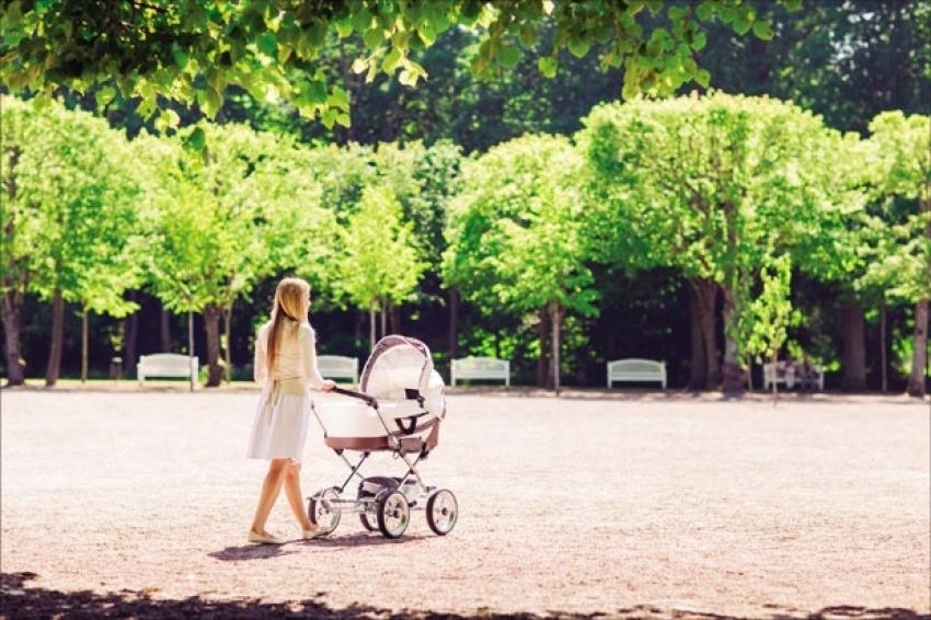 Mirna i lagana prva šetnja s bebom