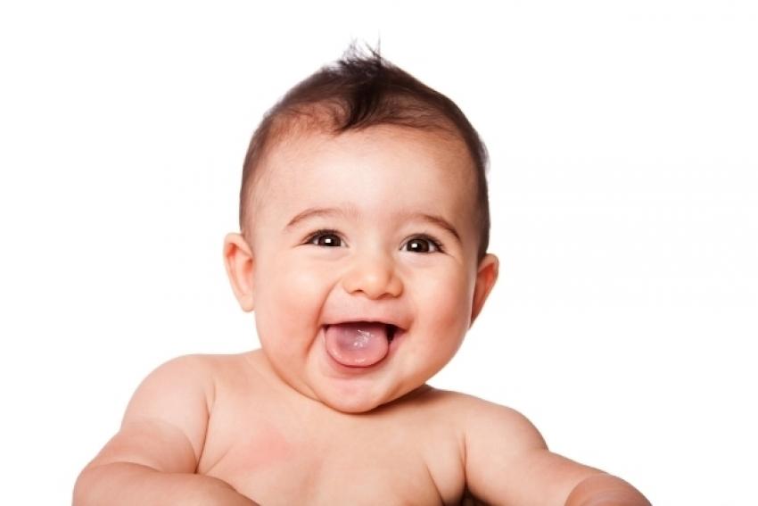 Zanimljivi podaci o bebinom razvoju koji će vas dobro nasmijati