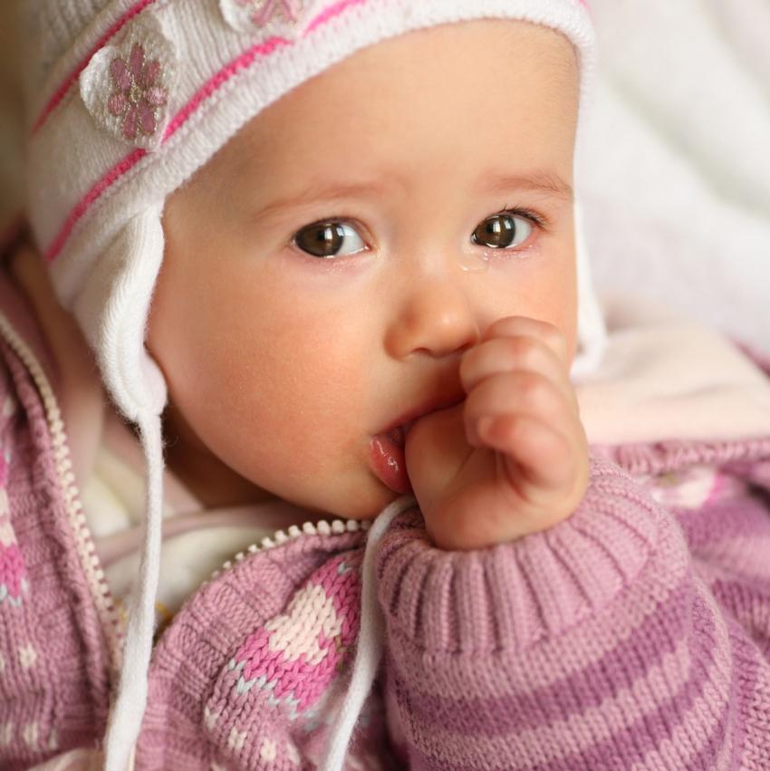 Kako da odviknete dete od sisanja prsta