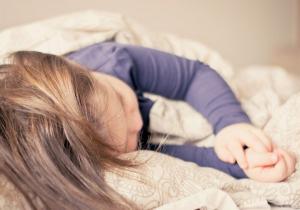 Kako pomoći detetu da lakše zaspi?