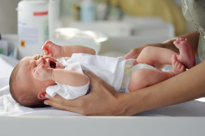 Prvih 10 stresnih trenutaka s novorođenčetom