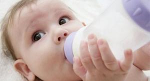 Beba i voda - Da li bebi tokom dojenja treba voda!?