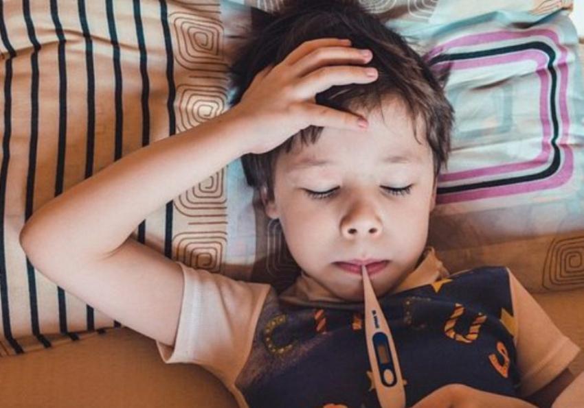 Bol u grlu kod dece: Ne treba žuriti sa antibiotikom, lokalna terapija je pravi izbor
