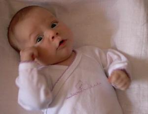Bebin govor tela