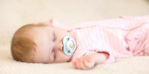 Ima li razloga za brigu: Kada beba glasno diše
