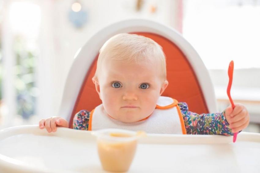 Uvođenje namirnica u ishranu dece: Kada beba sme da jede med?