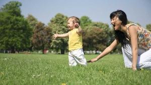 Zašto roditelji žure da im dete prohoda?