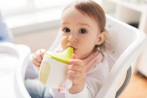 AAP upozorava roditelje: Dečije flašice i pribor za jelo nikako nemojte koristiti na ovaj način