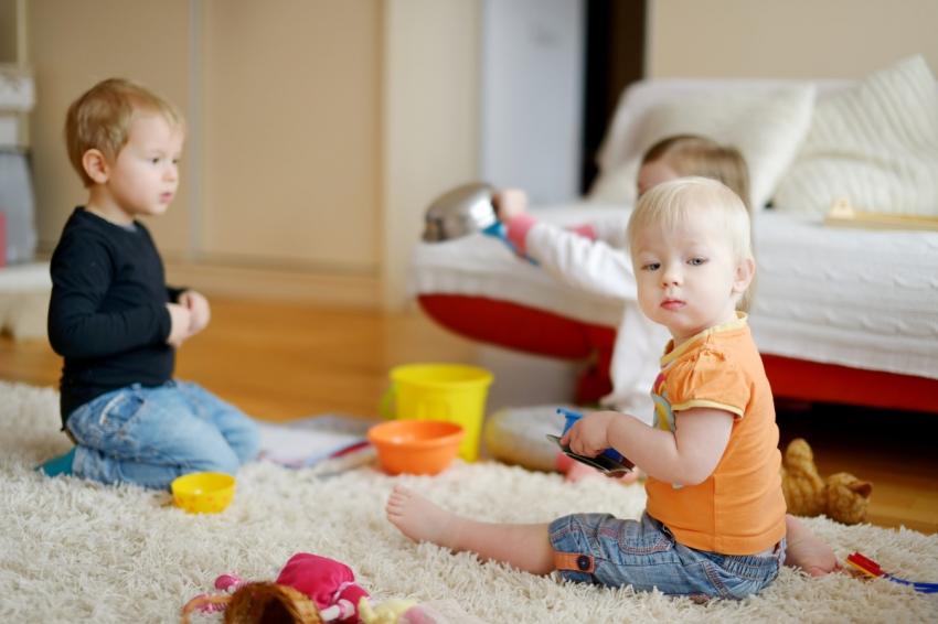 Šta kad deca progutaju igračke, kockice, baterije, biljke...