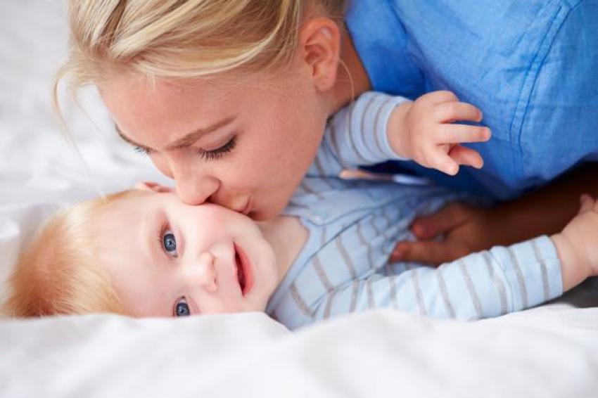Samohrano roditeljstvo: Saveti za mame koje same odgajaju sinove