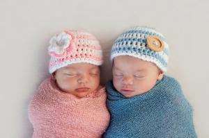 Kako da dojim blizance?